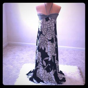 Halter top floral print sweetheart neck maxi dress